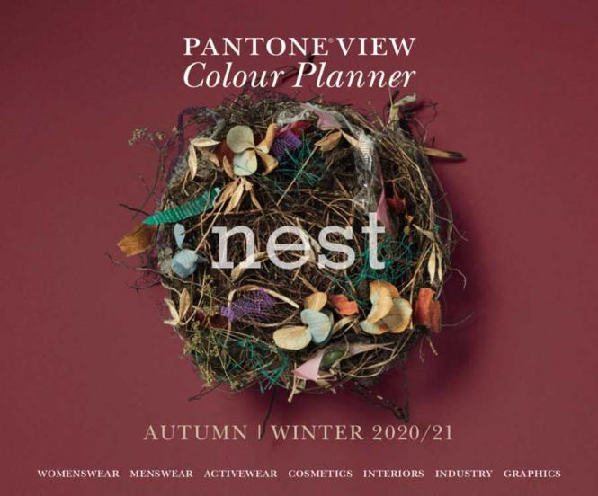 Pantone View Colour Planner A/W 2020/2021 incl. USB-Stick