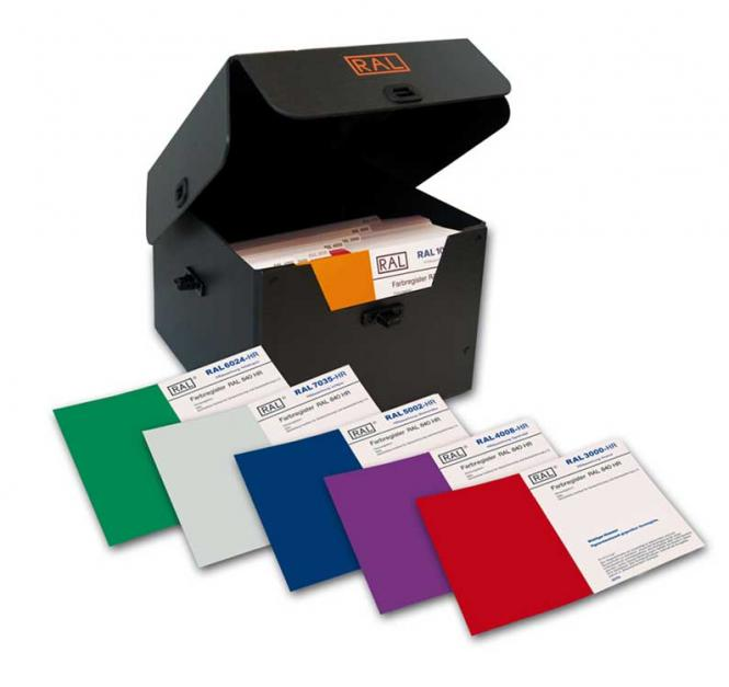 RAL 840-HR Primary standards with 213 RAL CLASSIC colours